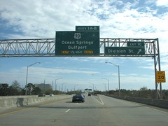 Ocean Springs/ Gulfport 1 Mile (US 71) Tags: mississippi roadsigns highwaysigns bgs i110 interstate110