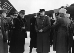 Ministerpresident Quislings ankomst fra Tyskland 1942/02/18. (Riksarkivet (National Archives of Norway)) Tags: airplane aircraft aviation worldwarii jfm airlines airliners secondworldwar luftwaffe militaryaircraft ju52 junkers trimotor junkersju52 tanteju ju523m quisling krigen junkersju523m vidkunquisling auntieju jonaslie ironannie andreverdenskrig okkupasjonstiden junkersflugzeugundmotorenwerke