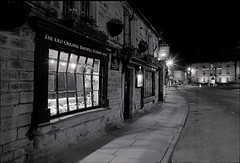 Bakewell - Rutland Square (Regular Rod) Tags: 120 film monochrome night shadows derbyshire peakdistrict ilfordhp5 6x9 walls bakewell array semistand fujigsw690iii ysplix pyrocatechol catechol obsidianaqua filmdev:recipe=8946