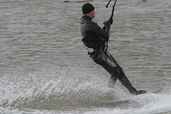 Lepe (Solent) kitesurfer 3 - an exercise in turning! (John (Chichester)) Tags: solent kitesurfer lepe
