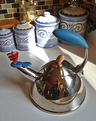 Whirligig teapot (SteveMather) Tags: eye cooking tea gig cook sensual pot teapot mather 4s whirly alluring whirligig iphone 2013 pureshot