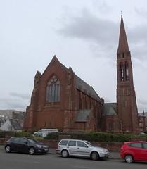 A Gift From Paisley (Bricheno) Tags: cars church scotland escocia clark szkocja schottland ayrshire largs scozia écosse churchofscotland 蘇格蘭 escòcia clarkmemorialchurch σκωτία स्कॉटलैंड bricheno scoția