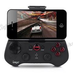 นั่งปล้ำ IPEGA Bluetooth Controller ตั้งนาน เกมส์ไหนที่มันเล่นได้บ้างฟะ และเกมส์ขับรถในภาพ ใครรู้บ้างว่าเกมส์อะไร