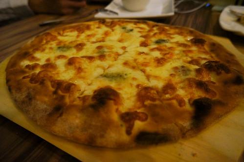 DSC05223招牌綜合起司披薩