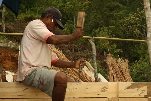 building school Wae Rebo village