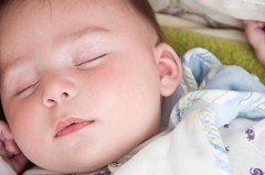 Sweet dreams (christian&alicia) Tags: nikon sleep babes dreams f18 35 miquel d90 nikor strobist christianalicia