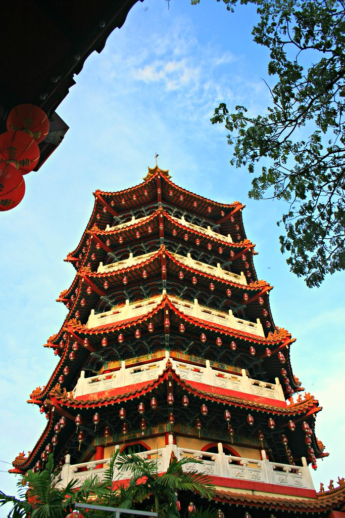 The World's Best Photos of pagoda and sibu - Flickr Hive Mind