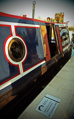 Commemorative Plaque and Narrowboat (Martin Peers) Tags: canal narrowboat waterway bridgewatercanal breach trentandmerseycanal prestonbrook canalandrivertrust duttonbreach