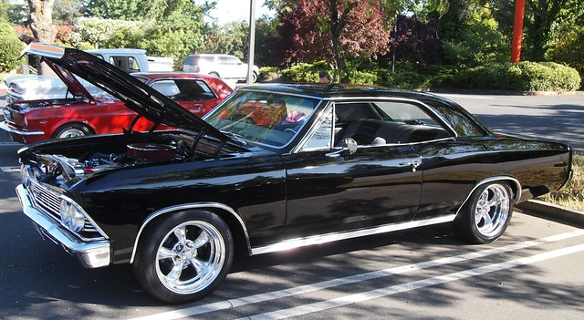 1966 Chevrolet Chevelle Malibu (Custom) 4RWW035 1