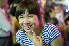 (kuuan) Tags: street portrait girl f14 vietnam mf 40mm saigon zuiko manualfocus penf gzuikoautosf1440mm