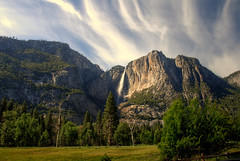 Yosemite Falls (raymondtan85) Tags: california usa mountain nature america river waterfall nationalpark nikon rocks wildlife parks rocky 1870mmf3545g yosemite waters d80