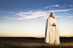 Templario (Jonsies) Tags: templarios templario medieval ponferrada atardecer camino santiago santiagos way