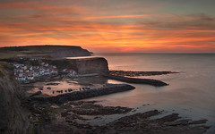 Staithes In a new light (steveniceton.co.uk) Tags: staithes england gb greatbritain canon canon600d tramonto sunset tranquil tranquility tranquillit serene seascape sea sky steveniceton seaside holiday northeastengland northyorkshire north northsea night wwwstevenicetoncouk