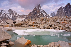 Karpogoro: Pre-dawn over Sosbun Brakk (Shahid Durrani) Tags: snow lake trek biafo glacier karakorams gilgit baltistan pakistan