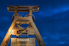 Schacht 12 (samael_87) Tags: zeche zollverein essen schacht 12 nacht night langzeitbelichtung long exposure canon eos 7d efs 1755mm 28 is usm