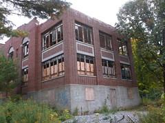 Haunted Hospital! (RED GATES.) Tags: haunted hospital old saratoga county tb sanitarium mental retard aged abandoned superfund cleanup vandals explore urban
