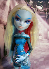 Vesper (nonaptime) Tags: ooak repaint customdoll scaris monsterhigh abbybominable
