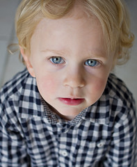 Le regard de Sacha/ Canon 35mn F2 Canon 7D (gringerberg) Tags: portrait people baby france french real person photography one kid eyes europe child retrato yeux blond 7d ritratto sacha تصویر портрет onepeople चित्र retrat 아이 孩子 肖像 صورة 35mn 肖像画 frenchphotographer 1people 子 דיוקן realperson canon7d ภาพเหมือน photographefrancais बच्चा gringerberg છબી canon35mnf2 wwwgringerbergcom photographiesfrancophones httpswwwfacebookcomgringerbergphoto
