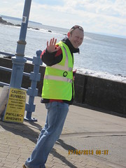 Essential job (Forest Lynne Cymru) Tags: steward porthcawl parkrun 27april13