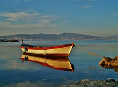 Boat (Metin Canbalaban) Tags: voyage trip travel sunset sea vacation holiday reflection turkey boat trkiye deniz sandal izmir gnbatm yansma kayk turkie trkie platinumphoto metincanbalaban