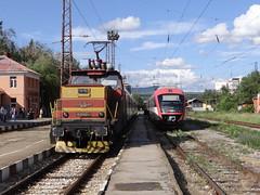 61 008.9 at Pernik (Radler.z) Tags: railways bulgarian bdz