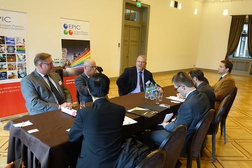 Press conference (10)