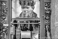 at the house...where David Bowie lived.... (andrealinss) Tags: berlin berlinstreet berlinstreets bw blackandwhite schwarzweiss street streetphotography streetfotografie davidbowie gedenktafel hauptstrasse155 heroes andrealinss