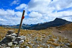 Passo del Naret 2438m - Val Torta (Photo by Lele) Tags: naret passo 2016 torta val bedretto ticino montagna maini daniele fotografia switzerland mountain panoramica diga lago alpino alpi svizzere segnaletica canali cristallina capanna