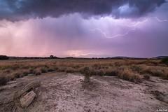 Ambiance dsertique (Prsage des Vents) Tags: huesca espagne orage storm lightning clair foudre dsert dust alex