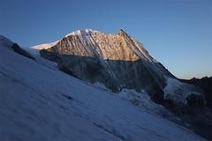 Daybreak, Mont Blanc de Cheilon (Riverman___) Tags: alps switzerland val pignedarolla montblancdecheilon valais mountaineering outdoors sky mountain glacier hill hike alpinism scrambling climbing climb valdherens evolene arolla