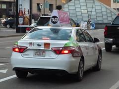 Toyota Camry (JLaw45) Tags: toyotacamry camry boston beantown newengland unitedstates america usa japanese midsizesedan saloon sedan 4door cab taxi transport japanesecar toyotamotorcompany vehicle car white