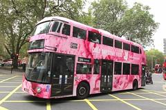 LT13, Euston, London, 20/09/16 (aecregent) Tags: londonbuses2016 euston london 200916 metroline comfortdelgro newroutemaster newbusforlondon borismaster nbfl nb4l hybrid wright lt lt13 ltz1013 390 deliveroo