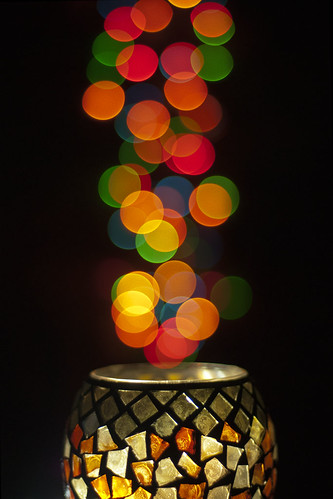 Glimmering lights