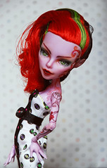 Second try (Fluffy~) Tags: monster high doll ooak operetta