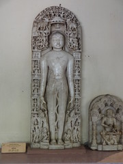 Shantinatha (my-india) Tags: sculpture india history archaeology museum wales ancient asia south prince marble mumbai devotee thar jainism shantinath parkar veravan