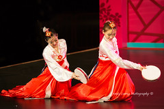 Pretty Maidens - Jilin folk dance (Pic_Joy) Tags: costumes heritage dance dancers dancing chinese performance arts culture dancer  tradition      traditionaldance  chinesedance       chinesetraditionaldance    jilinartstroupe  vivocity2013