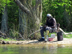 Lowcountry Unfiltered - Lake Marion Ghost Town Paddle - April 2013 (305) (greenkayak73) Tags: friends beagle nature america fun lucy southcarolina adventure kayaking ghosttown mrrussell riverdog lakemarion greenkayak73 randomconnections photopaddling lowcountryunfiltered nitrorev rockscemetery johnatgcc