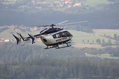 Rettungshubschrauber am Pferdskopf / Wasserkuppe 160814_103 (jimcnb) Tags: 2016 august wasserkuppe rhn hessen hubschrauber polizei helicopter dhheb