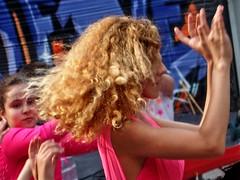 10 ans Maison des Cultures  20160528.0621 (Lieven SOETE) Tags: 2016 brussels bruxelles molenbeek sintjansmolenbeek molenbeeksaintjean art culture cultuur kultur social sozial sociale people peuple menschen young jeune juge jonge diversit diversity man woman homme femme red rouge rot rood dance danse danza tanz female fminine feminine weiblich femminile femminilit mulheres  kobiety femeile kadnlar vrouw frau kadn mujer mulher donna    body corpo cuerpo corps krper lady