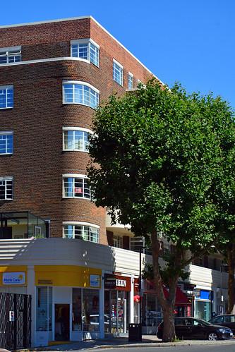 Lichfield Court / SW corner
