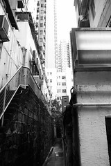 Hongkong (Jil Kristin) Tags: hongkong central china backlane bw black white canon digital