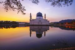 Bandaraya Likas Mosque [explored] (by nelzajamal) Tags: nelzajamal likas mosque bandaraya kota kinabalu sabah malaysia sunrise sony sonyimage a7r lake reflection borneo