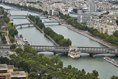 Puentes sobre el Sena 1 (CarlosJ.R) Tags: pars ro sena torreeiffel puente francia estatua eiffel