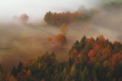 First Day of Autumn (Bonnie And Clyde Creative Images) Tags: landscape canon canon700d canon100400 mist mountains morning autumn beautiful light