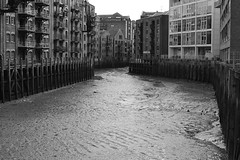 Thames channels (arciere84) Tags: thames channels river mud london england black white
