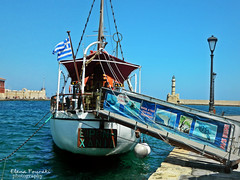 chania lighthouse GR (braziliana13) Tags: crete chania outdoor greece greekisland greeksea ship oldtown oldport oldcity lighthouse    haniaoldport