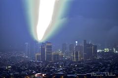 Green Lightning bolt close-up (Sumarie Slabber) Tags: lightning bolt city sumarieslabber manila rockwell philippines white light weird