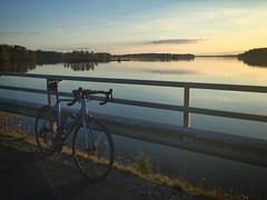 Autumn Ride (Ville Nikula) Tags: pyhjrvi lake jrvi canyon bicycle pyr syksy tampere autumn