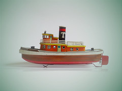 Tuggy Boat San Marusan (zeploctoys) Tags: toy toys juguete barco bote boat tintoy tintoys oldtoy oldtoys vintage retro antiques antique marusan sanmarusan smoking tuggy buggyboat tugboat 50s 1950 batteryoperated retrotoy retrotoys vintagetoy vintagetoys mar sepia japantoy japantoys japan lata metal ocean antiguo antiguedad antiguedades