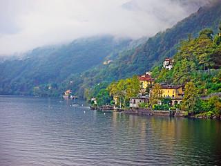 Niebla sobre el lago Maggiore: EXPLORE #92 - (2013.03.30)